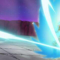 Гоку превращается в Супер Сайяна Голубого посреди боя с Хитом (2)