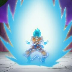 Гоку превращается в Супер Сайяна Голубого посреди боя с Хитом (1)