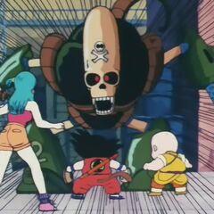 Робот Пират перед Гоку, Курилином и Булмой