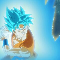 Супер Сайян Голубой Гоку заряжает Камехамеха