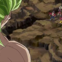 Легендарный Супер Сайян 3 Броли перед Супер Сайянами 4 Гоку и Веджетой и Супер Сайянами Битом и Нот (спэшл-муви к 7-ой Миссии Зла, <i>Dragon Ball Heroes</i>)