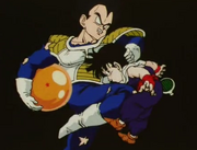 Vegeta kneed gohan in the stomach m2