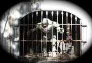 Monster in the cage-193x132