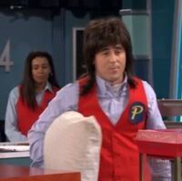 Category Premiere Theater Employees Drake And Josh Wiki Fandom