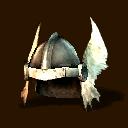 Helm mit weissen Fluegeln