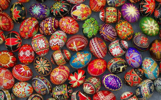 Easter Eggs F