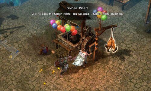Golden Pinata-Andrakasch
