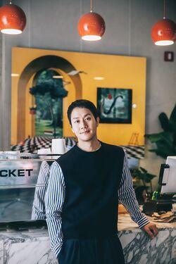 Jung Woo46