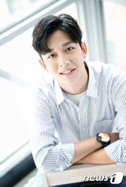 Yoon Yong Jun4