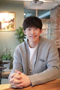 Min Jin Woong20