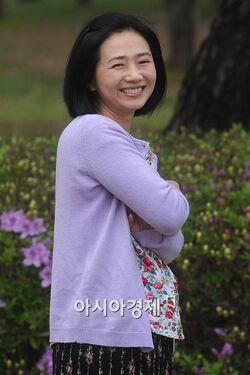 Hwang Mi Sun 02