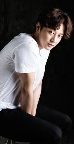 Lee Hyun Wook (1985)8