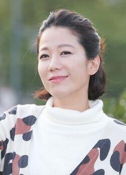 Jun Hye Jin 1976 8