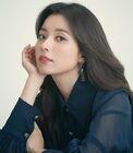 Han Hyo Joo74