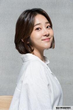 Lee Sae Bom1