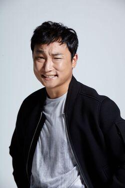 Yang Hyun Min8