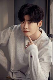 https://drama.fandom.com/es/wiki/Lee_Jong_Suk?file=Lee_Jong_Suk52