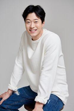 Lee Si Hoon3