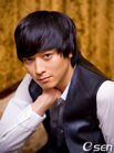 Kang Dong Won2