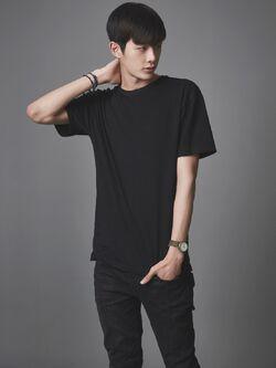 Kang Hee002