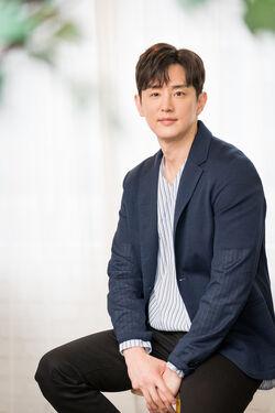 Kwon Yul30