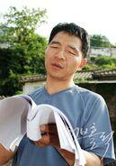 Lee Gun Joon000