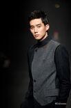 Yoon Jin Wook005
