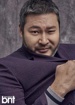 Choi Moo Sung21