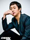 Jung Woo32
