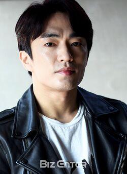 Jung Moon Sung9