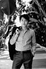 Steven Yeun001