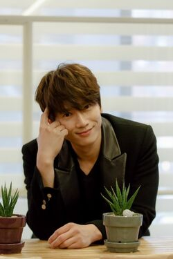 Ji Sung28