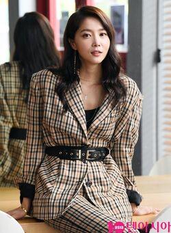 Oh Yoon Ah13