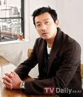 Ha Jung Woo11