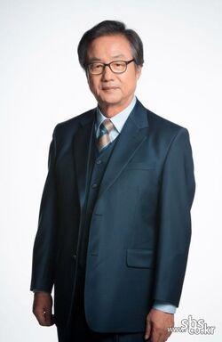 Jung Dong Hwan001