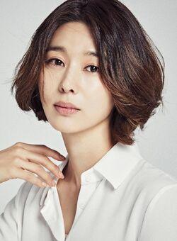 Park Min Jung 1982 5