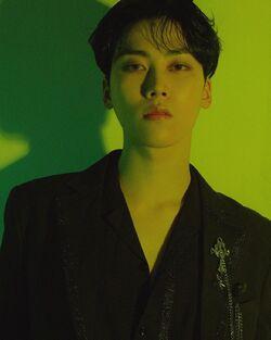 Lee Woo Jin 04