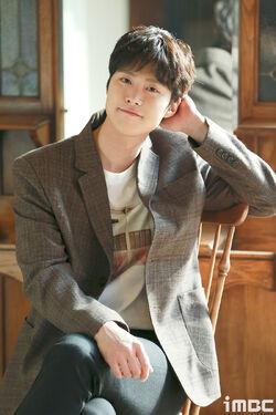 Gong Myung18