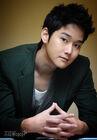 Kang Sung5