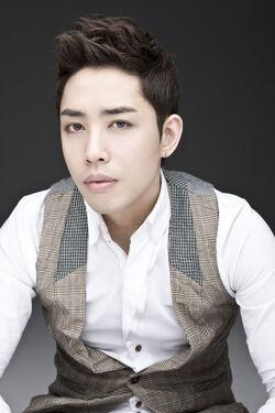 Son Joon Hyuk3