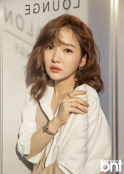 Yoon Song Ah18
