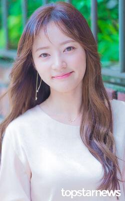 Song Ha Yoon26