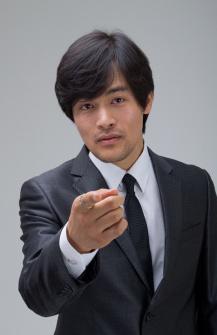 Woo Ki Hong000