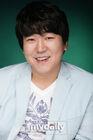 Yoon Je Moon2