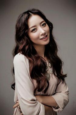 Baek Sang Hee2