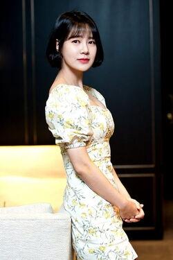 Choi Yoon Young (1986)28