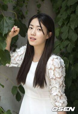 Ryu Hwa Young21