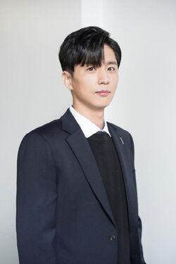 Shin Dong Wook18