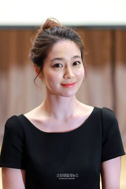 Lee Min Jung28