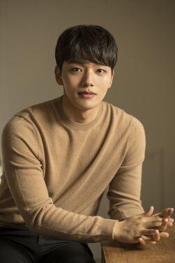 Yeo Jin Goo43